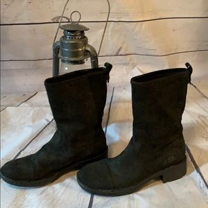 Born pull-on black suede boots.